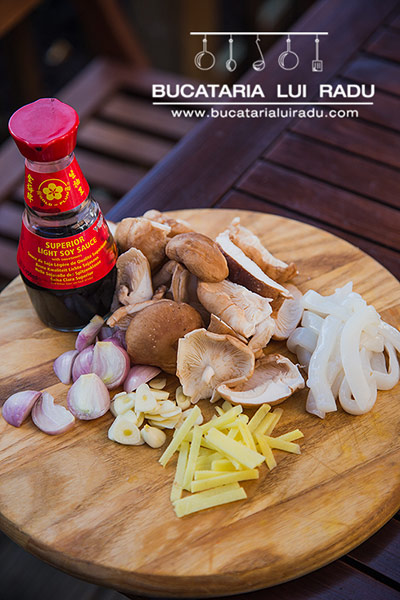 ciuperci chinezesti cu calamari ingrediente