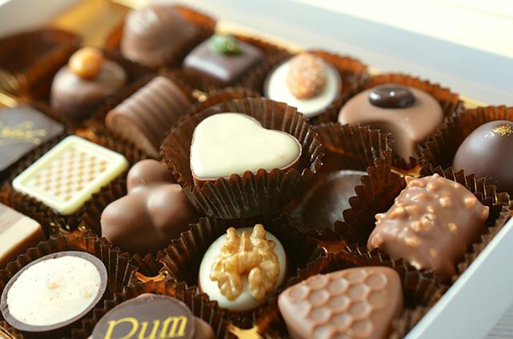 superalimente. ciocolata