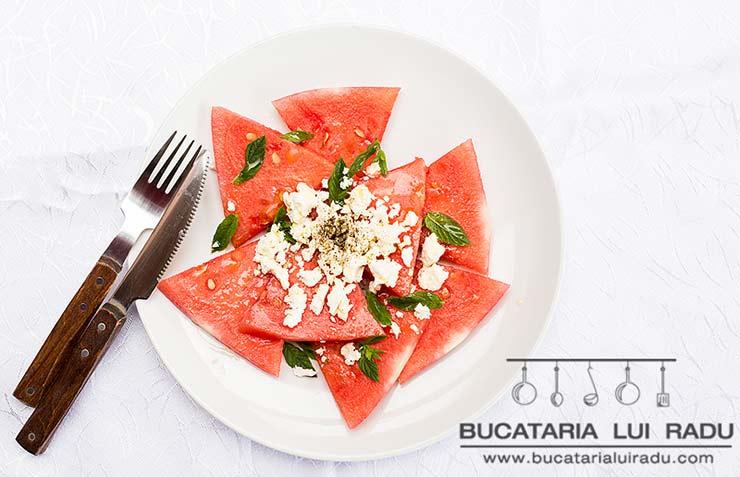 salata de pepene rosu reteta culinara