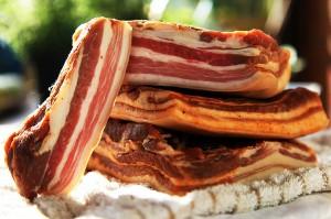 bacon de casa cum se face reteta