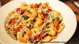 paste cu carnati reteta culinara