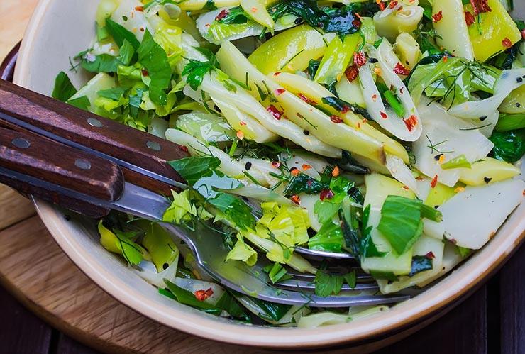 salata de fasole