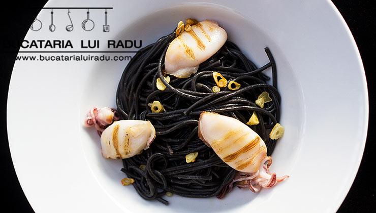 spaghete negre crop