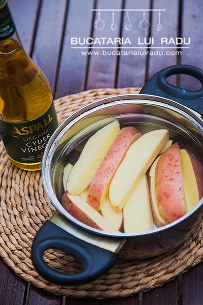 cartofi crocanti la cuptor preparare