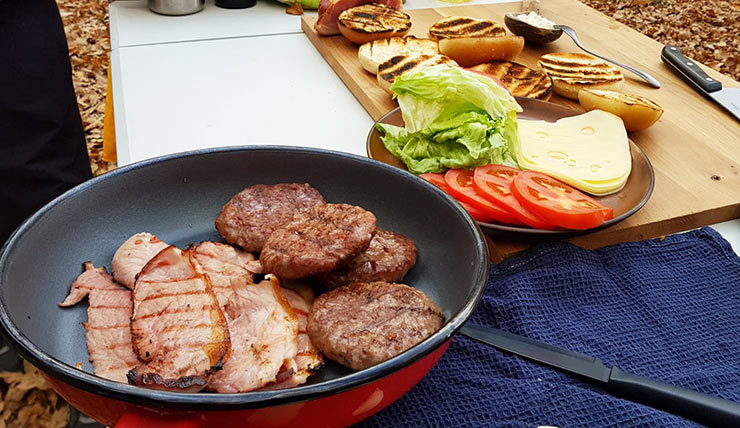 Hamburger de vita Angus bacon